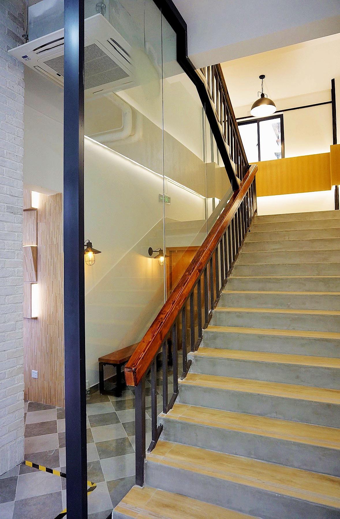 Grandway Office Renovation 2018 2nd Floor Boss Room Corridor 010