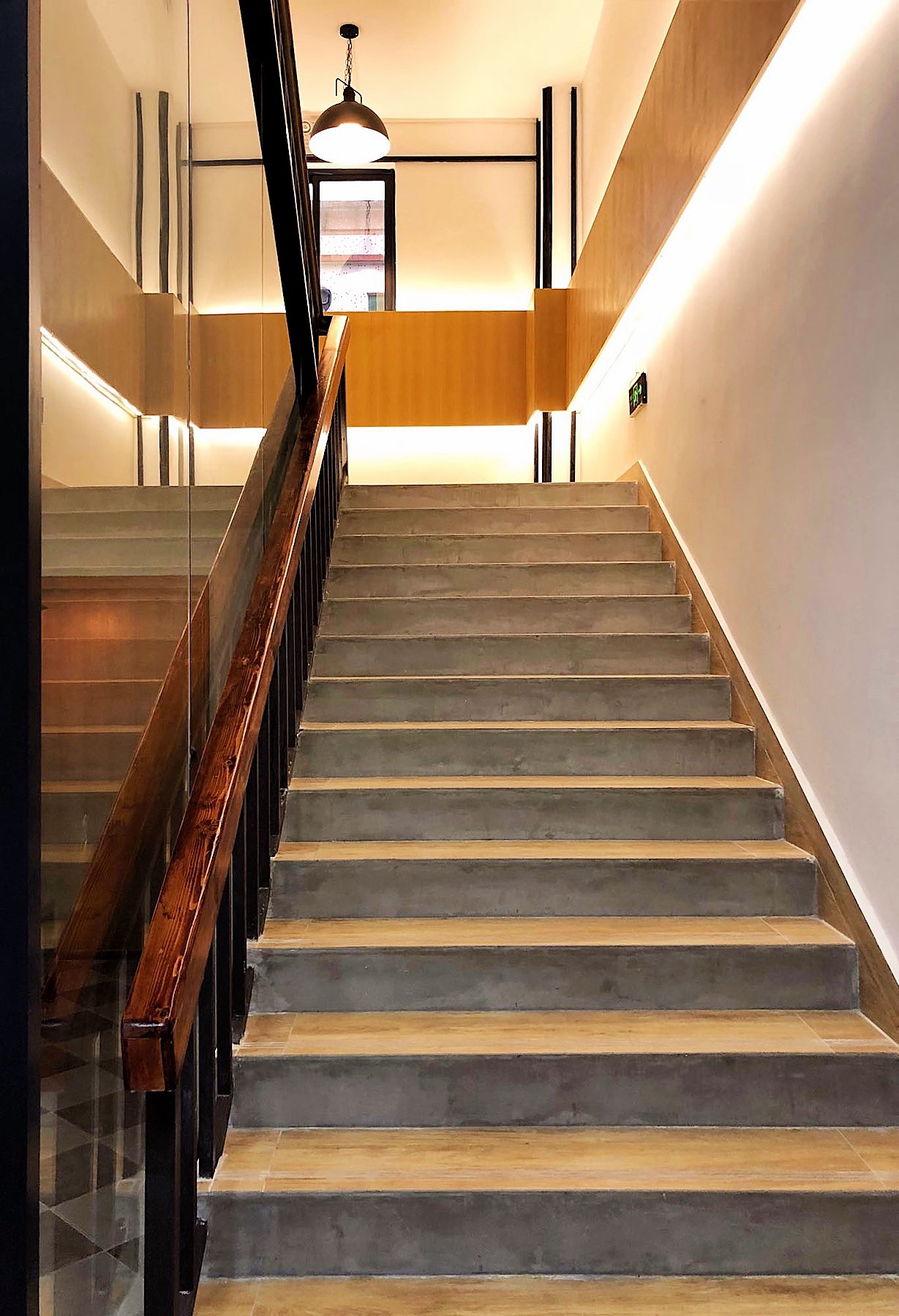 Grandway Office Renovation 2018 Main Staircase 001