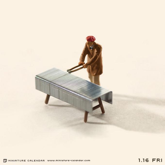 Miniature-Calendar-04