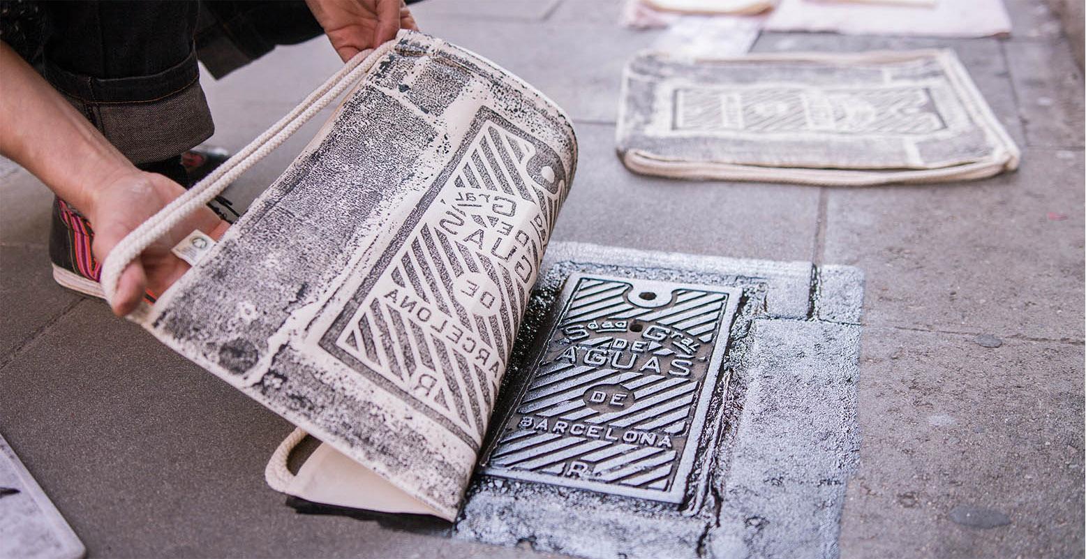raubdruckerin_street_printing_gymbag_barcelona_gracia