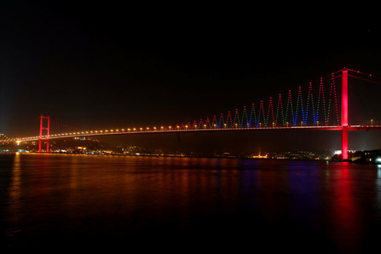 Bosphorus Bridge (Istanbul, Turkey)