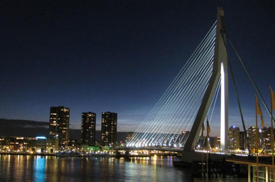 Erasmus Bridge (Rotterdam, Netherlands)